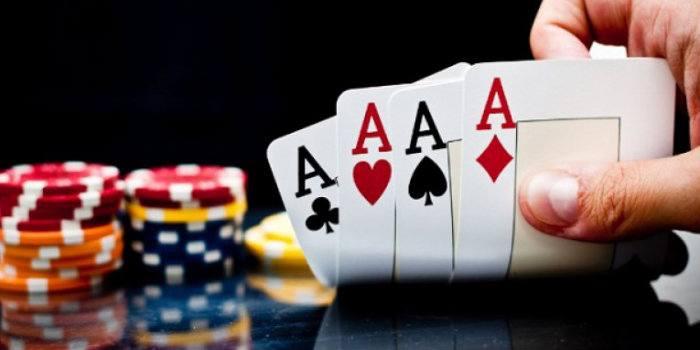 كيف تلعب البوكر الأساسي والبسيط – لعبة الورق أو البطاقات