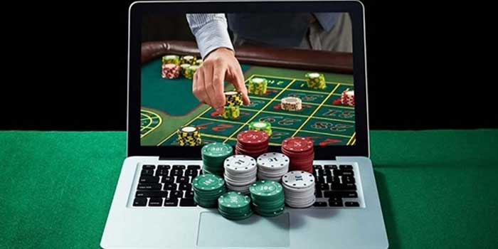 Difference Between Online Gambling and Online Betting